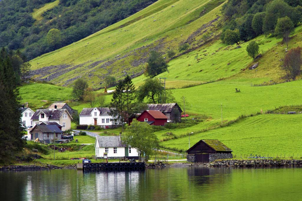 Unforgettable Scandinavian Tours