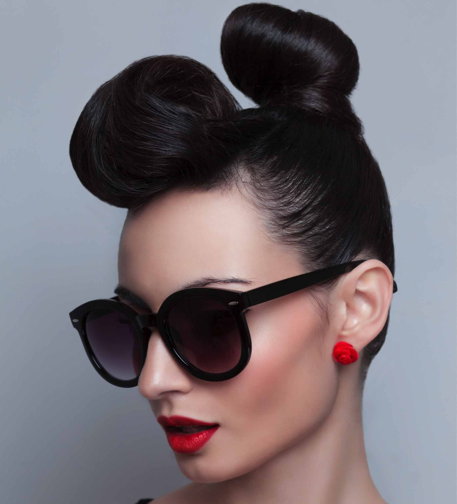Top Knot Hair Beauty Syle