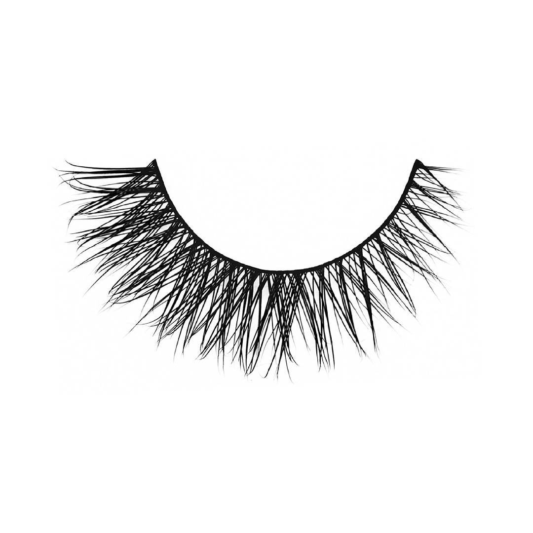 The You Complete Me Lashes from Velour Lashes makes a dazzling impression in a medium-length style. ? You Complete Me from Velour Lashes combines a flair for the dramatic with the thickness, richness, and lushness of beauty and overall health. These are designed for those lovely ladies who want to accentuate their already lengthy lashes, adding an extra boost of fullness that gives their eyes a dramatic, sparkling quality.❤ Link to purchase here http://bit.ly/2shQfnx Worldwide? Delivery and free shipping? available! . . . #makeup #eyelashes #eyes #eyemakeup #lashes #eyelook #beauty #hudabeauty #motd #highlight #instabeauty #mua #ilovemakeup #instabeauty #beautyblogger #style #ootd #london #UK #wakeupandmakeup #shopping #makeupproducts #lifestyle #makeuplover #makeupforever #makeupbyme #girl #naturalmakeup #makeupblogger #alyakaofficial