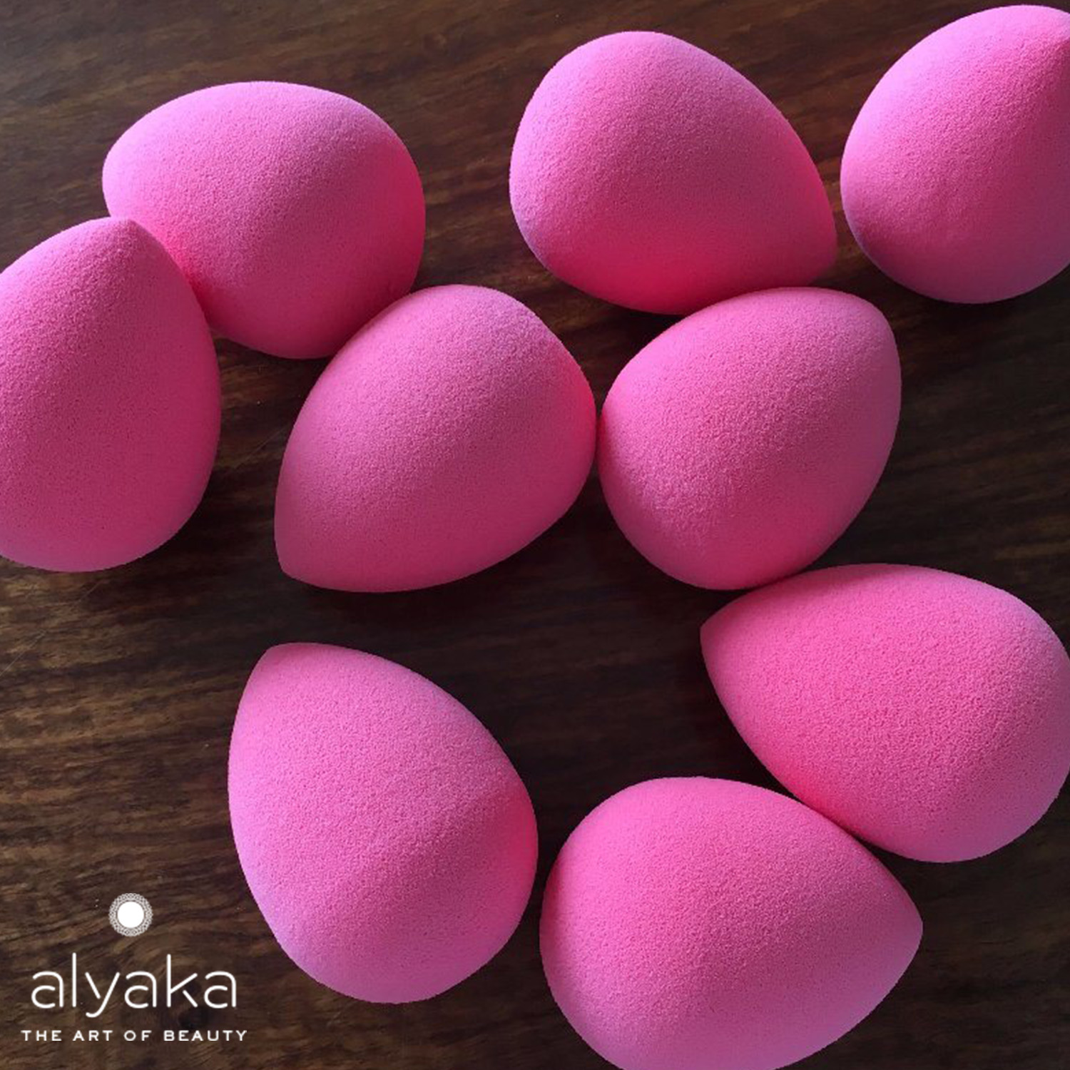 Egg-like Makeup Sponges